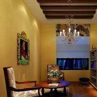 艺术墙的室内装饰