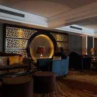 在上海开个小餐厅,大概180平方左右,装修公司需要...
