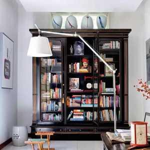 家里客厅电视背景墙墙面上见图片