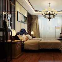 现代对称桌柜别墅起居室装修效果图