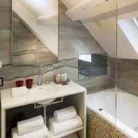 现代浴室墙上置物架花洒装修效果图