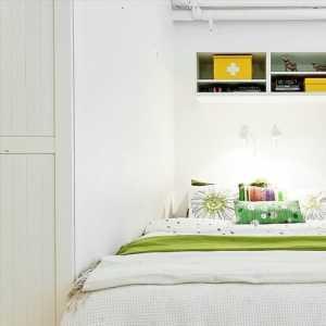 卧室里两道门