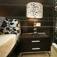 白色拉斐尔衣柜家具装修效果图