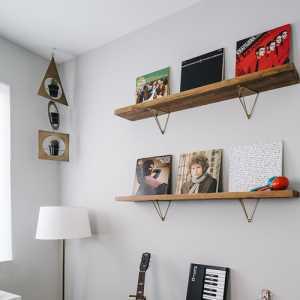 找個人幫忙做個菜單PVC的,要找個會設計的,不會的勿擾??蛷d和房間2中間做個實墻可以嗎?