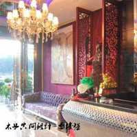 客厅家具地毯吊灯客厅沙发装修效果图