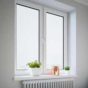現代簡歐裝修窗簾配窗簾桿還是窗簾軌道