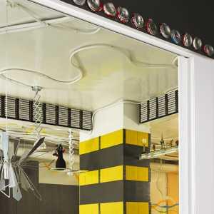 厨房大又两种地板怎样装修