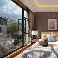 欧式卧室飘窗配饰装修效果图