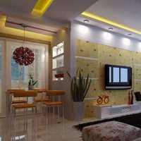 客廳吊頂簡單大氣可以怎么打造,美式客廳吊頂裝修要點?