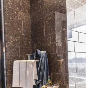 北京封闭阳台装修价格