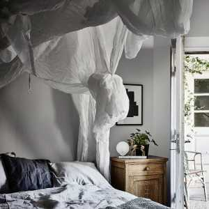 连着阳台的卧室如何装修效果图