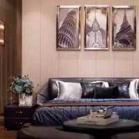 100平米三居室贴壁纸多少钱