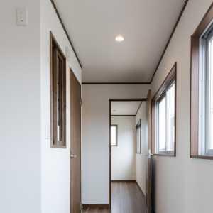30客厅吊顶厚度
