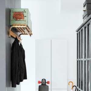 客厅安吊扇