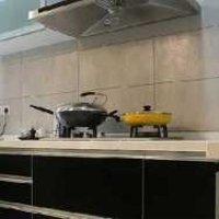 三居室简约橱柜厨房装修效果图