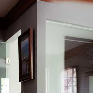 装修公司开业防盗门上的开业装饰