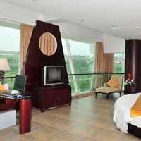 现代别墅富丽吧台式起居室装修效果图