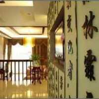 现代别墅古典咖啡色墙面装修效果图