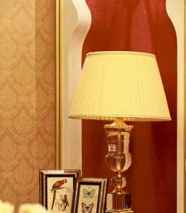 90平客厅简约暖色装修效果图