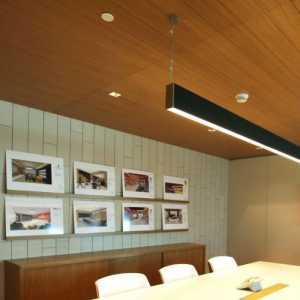 懸空電視柜家剛裝修做了個懸空的電視柜離地