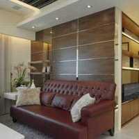 米白色温馨墙面地板过道装修效果图