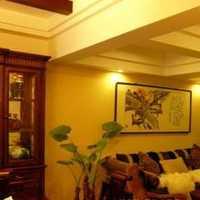 温馨木质沙发背景墙装修效果图