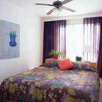 卧室背景墙地柜卧室装修效果图