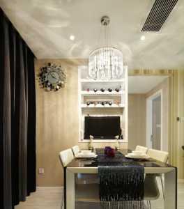 白色簡裝客廳