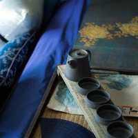 壁纸米色现代简约实木餐桌装修效果图