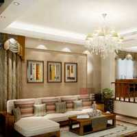 现代欧式别墅餐桌及灯具装修效果图