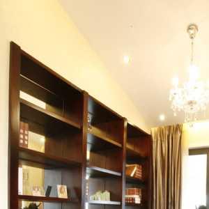 客厅瓷砖提角