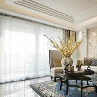 现代四居室玻璃浴室装修效果图