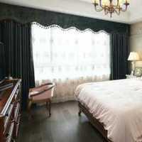 暖系卧室现代三居装修效果图