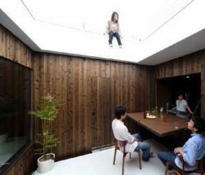 上海若木装饰公司老板
