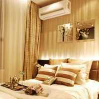 实木架给卧室增添复古范装修效果图