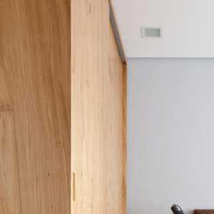 我装修房子一块800x800的瓷砖34元一块一平方