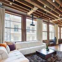 115平欧式二居客厅装修效果图