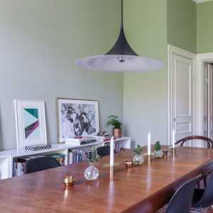 現代風格三居室臥室陽臺榻榻米裝修圖片