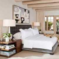 卧室背景墙卧室灯具新古典装修效果图