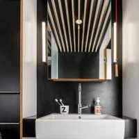 高雅白色系卫生间现代三居装修效果图
