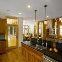 住房装修时暖气管道上下楼均为钢管能把