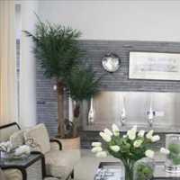 现代风格四居室卫生间效果图