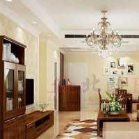简约客厅大折叠门装修效果图