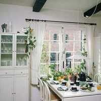现代银白色系别墅家庭餐厅装修效果图