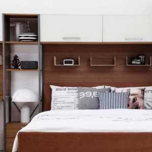 卧室家具深红色