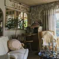 浪漫奢华窗帘头柜装修效果图