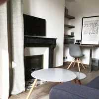 沙發客廳背景墻壁紙田園裝修效果圖