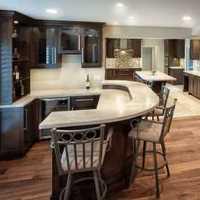 弧形白色简约厨房橱柜装修效果图