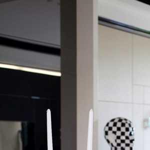 蘇州市華麗美登裝飾裝璜有限公司 殷矯