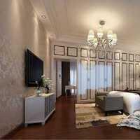 斜顶阁楼卧室背景墙简约装修效果图